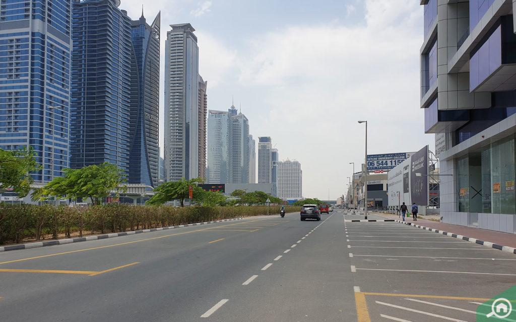 Street view Sheikh Zayed Road