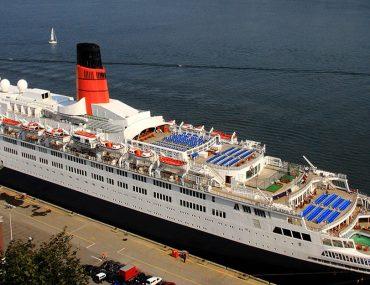 سفينة كوين إليزابيث 2
