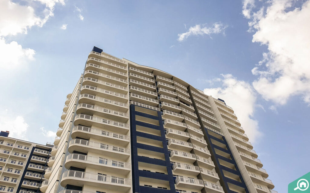 Geepas tower with flats for rent in arjan