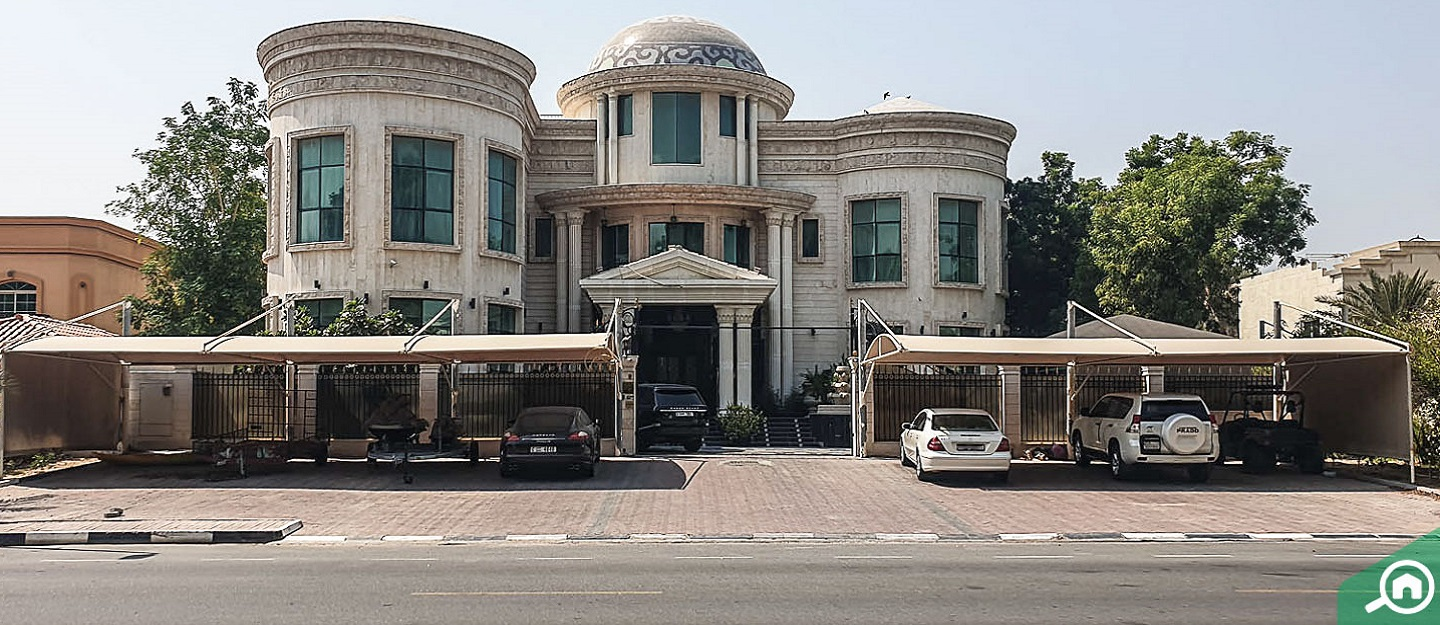 View of a villa available for rent in Umm Suqeim
