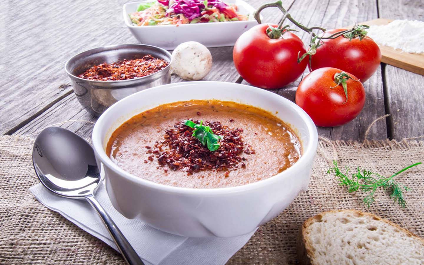 Turkish lentil soup with tarhana and bread