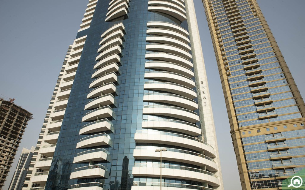 Saba Tower, one of the best towers to buy apartments in JLT