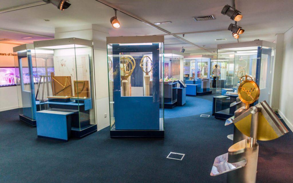 أحد أقسام متحف الشارقة الحضارة الإسلامية