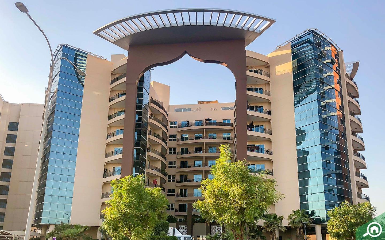 Entrance of Silicon Arch Building in Dubai Silicon Oasis
