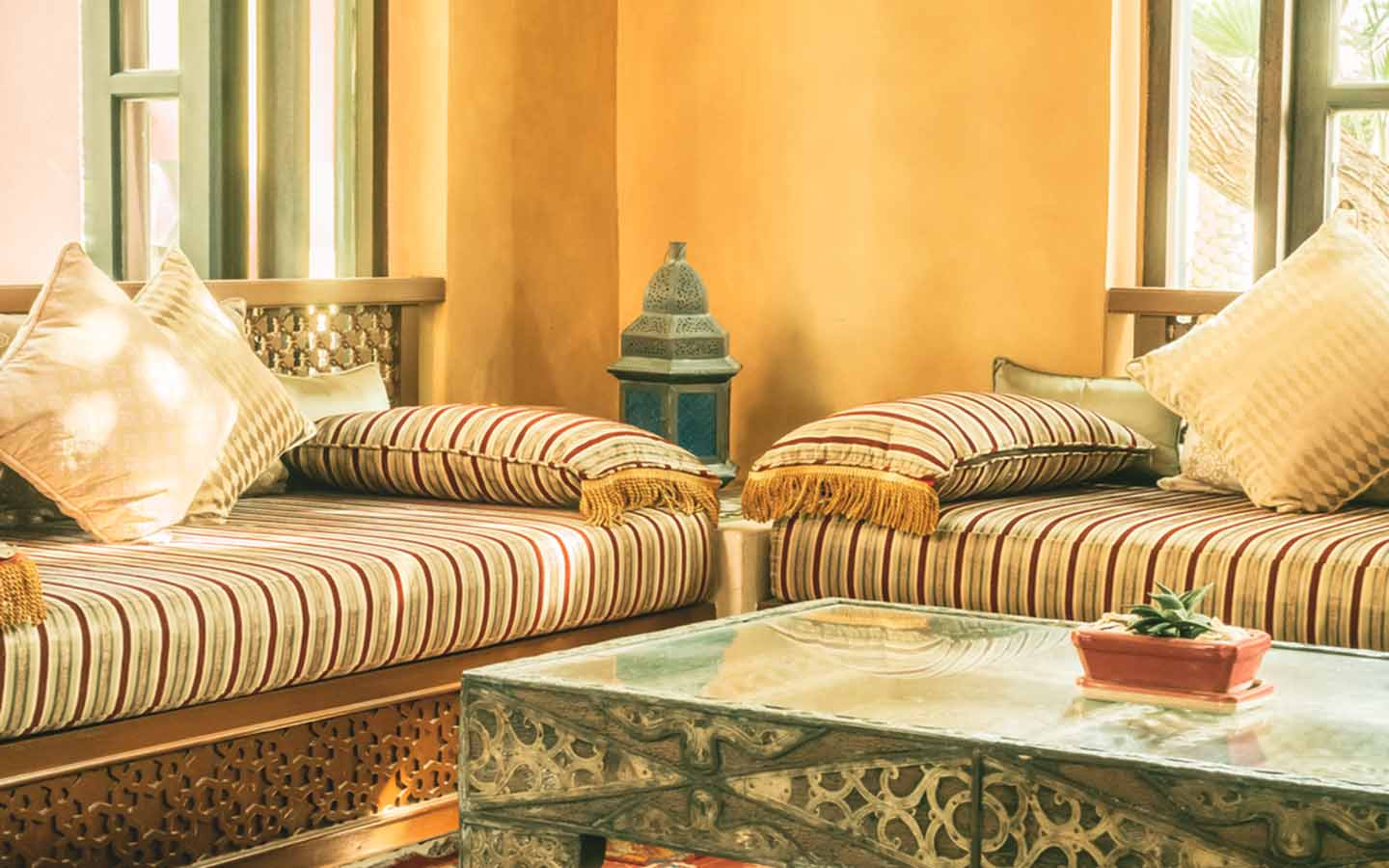 Majlis design ideas with traditional cushions