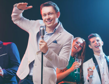 Comedian entertaining at top stand-up comedy venues in Dubai