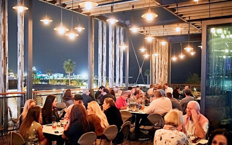 Stars n Bars restaurant in La Mer