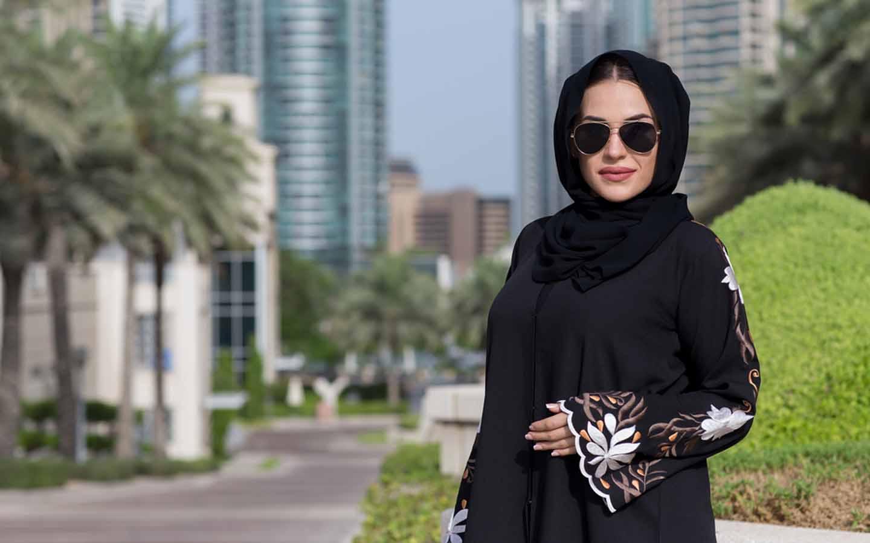 Dubai Abaya Shops & Boutiques: Abaya Mall, Hanayen & More