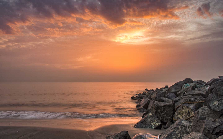 Sunrise at Umbrella Beach in Fujairah 15.01.2020