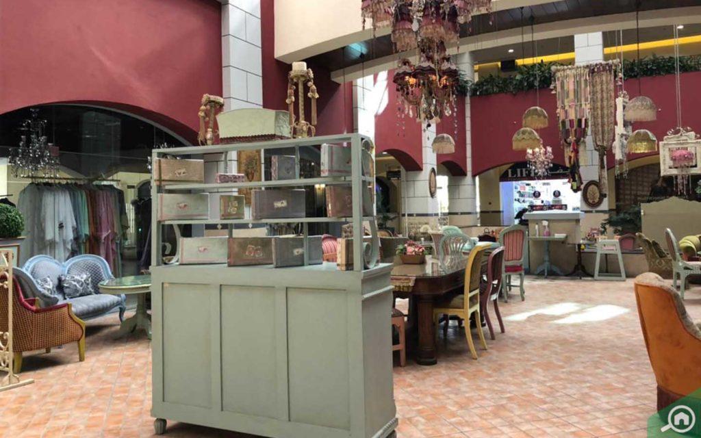 Restaurants at Village Mall
