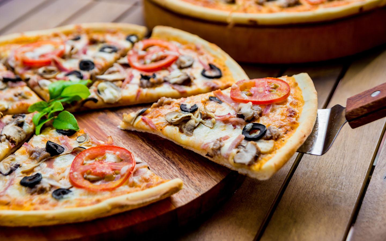Eataly thin crust pizza