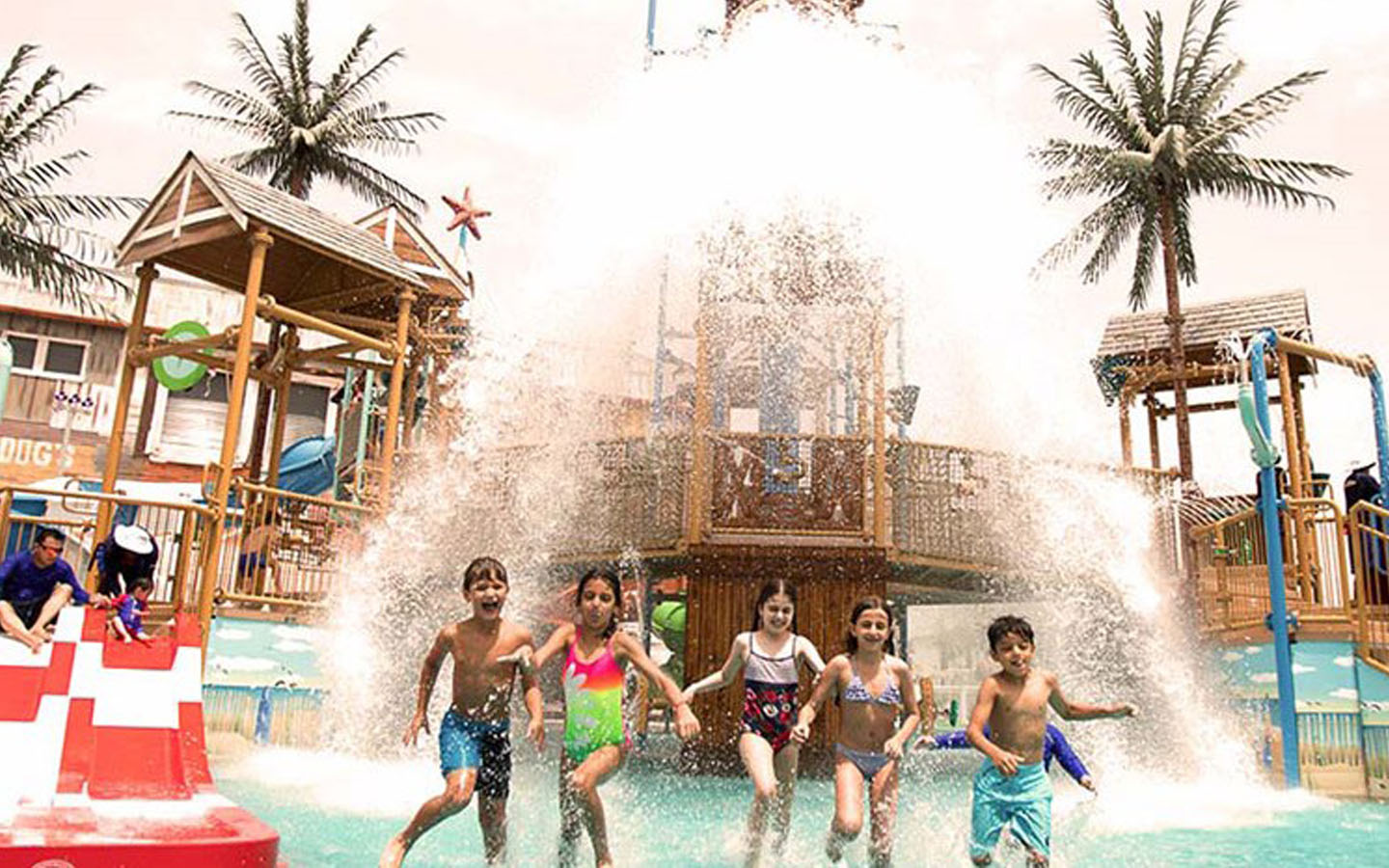 Children splashing water at the waterpark