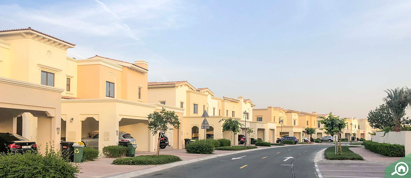 Top areas to buy townhouses and villas for sale in Mira