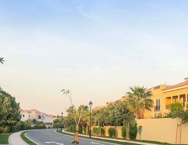 villas and apartments for rent in Dubailand