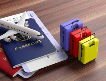جواز سفر وحقائب سفر