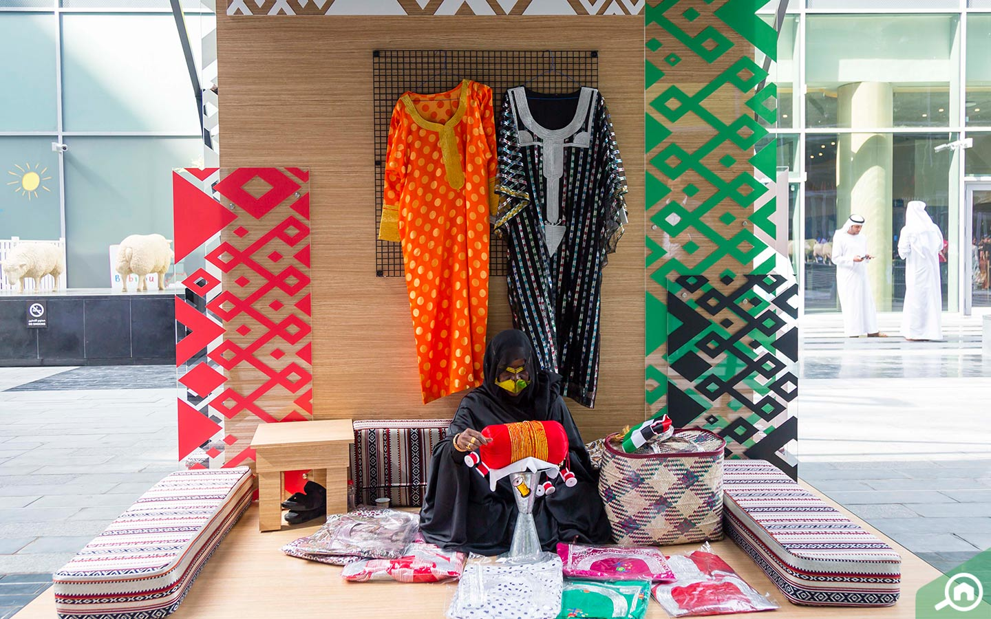 stalls selling traditional Arabic attire