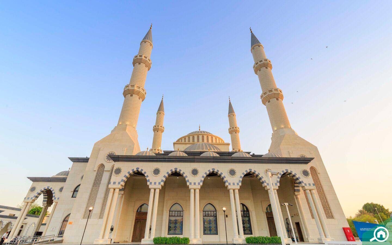 Umar Ibn e Al Khattab Mosque Dubai offers mosque tours in the UAE