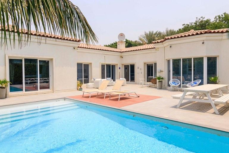 Villa For Sale In Motor City