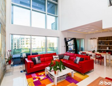 enovated 2 Bed Apartment in The Views Dubai with Huge Terrace