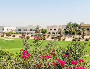 Vila near golf club in Dubai