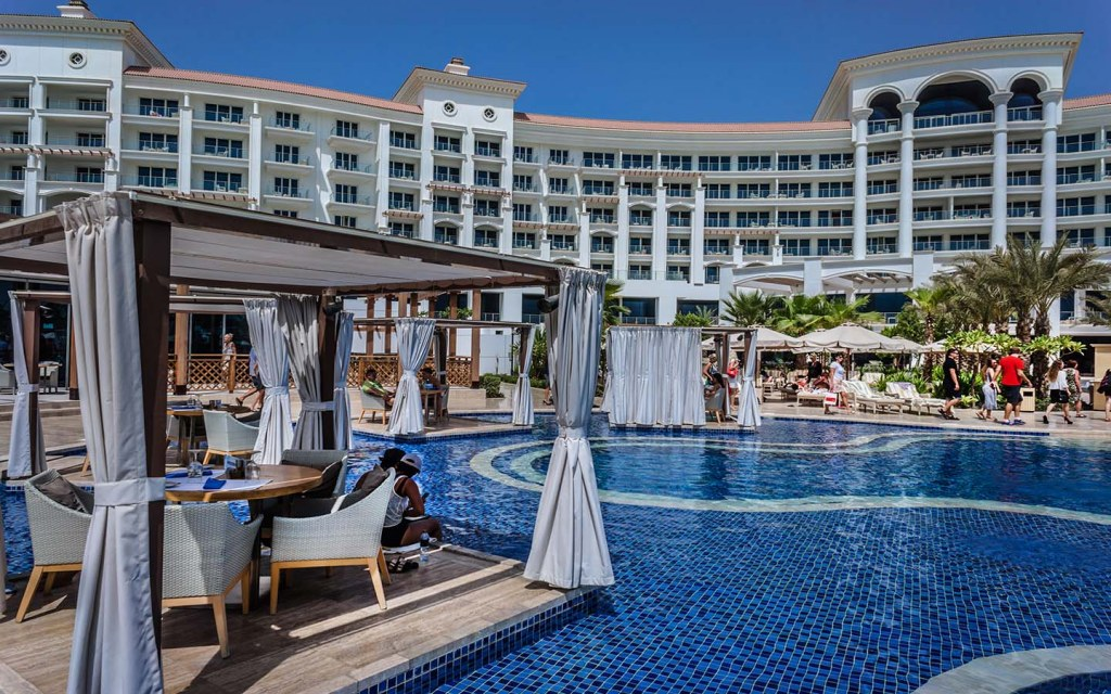 Waldorf Astoria is one of the best all-inclusive hotels in Dubai