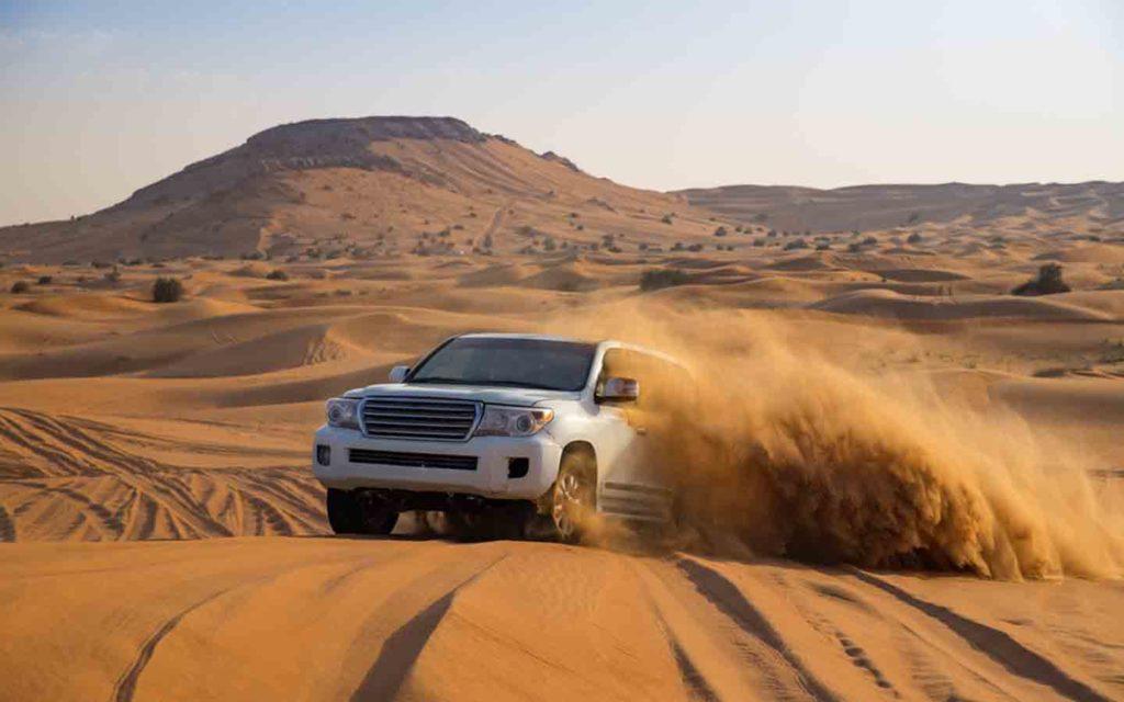 Offroad desert safari in Dubai