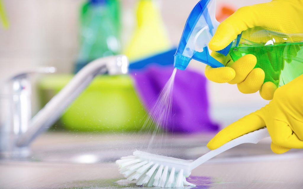 خدمات تنظيف في دبي