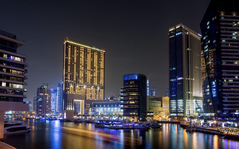 View of the Address Dubai Marina Hotel