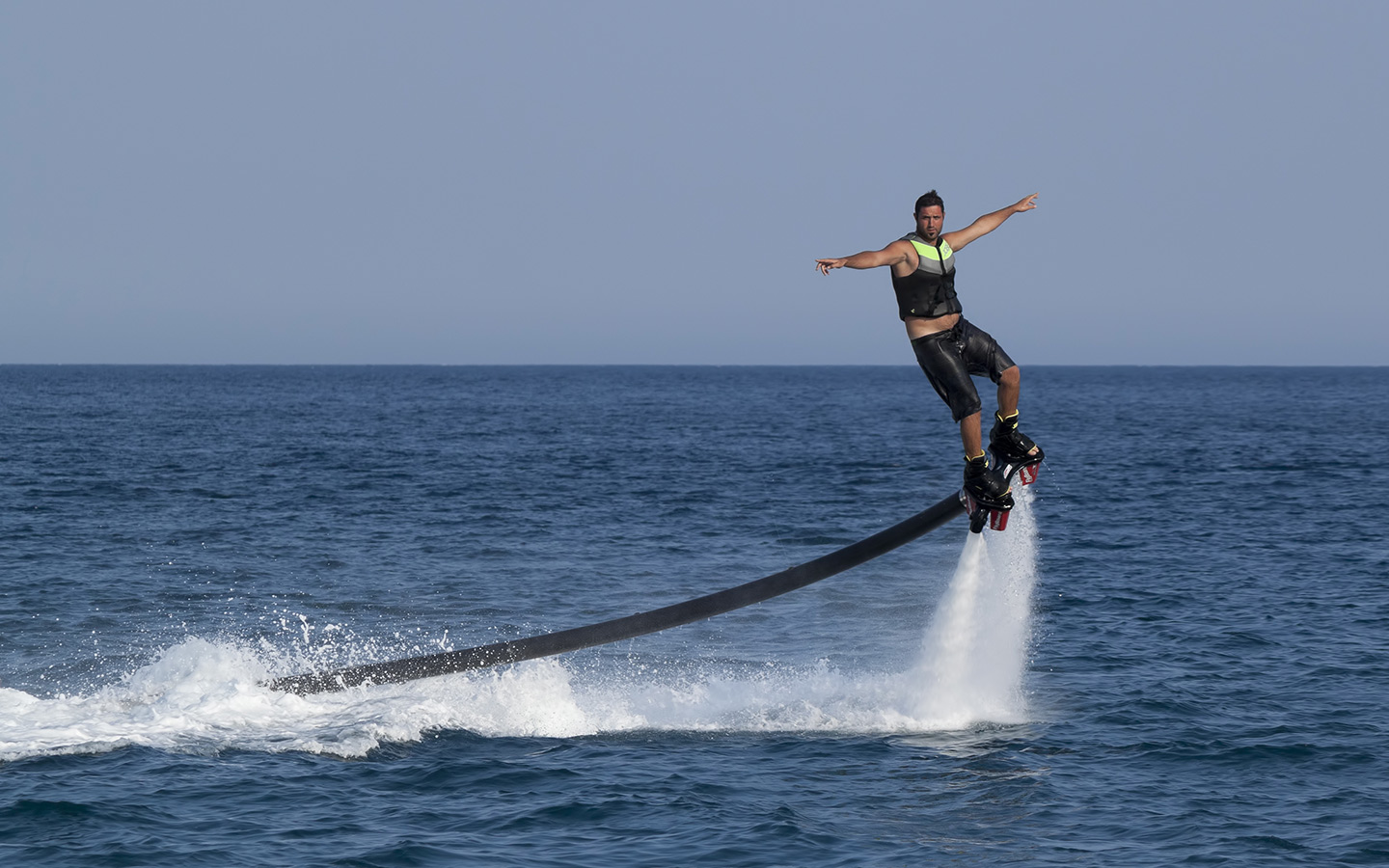 Flyboarding is one of the watersports that you can enjoy in Dubai Marina