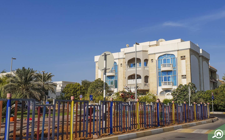 buildings in Al Mushrif Abu Dhabi