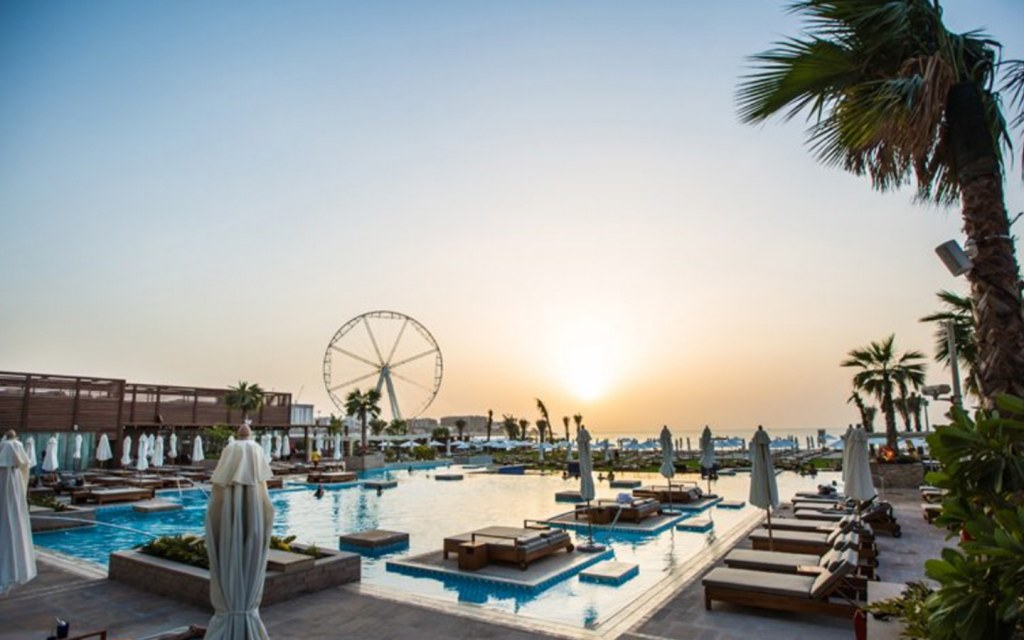 Offering exceptional pool deals in Dubai