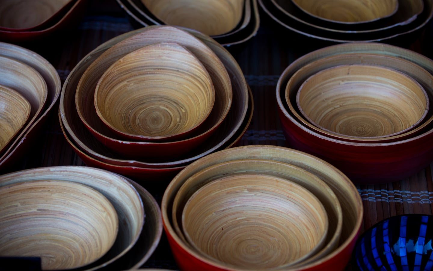 Use bamboo furniture, bowls and storage