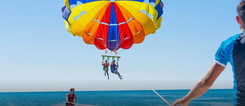 Couple parasailing in Dubai