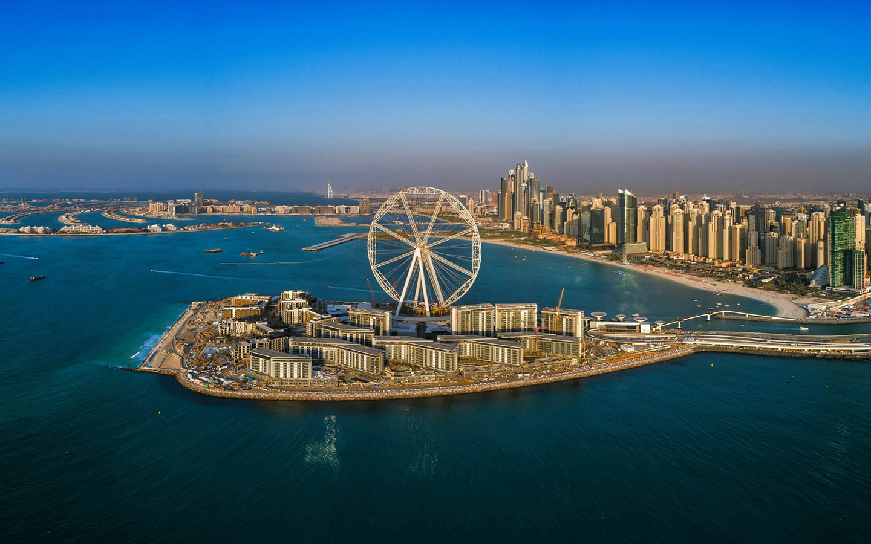 جزيرة بلووترز التي تحتضن عين دبي