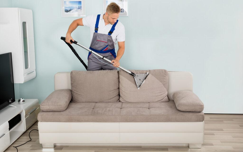 عامل نظيف