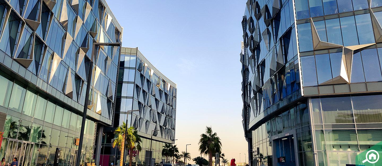 مباني تجارية في دبي