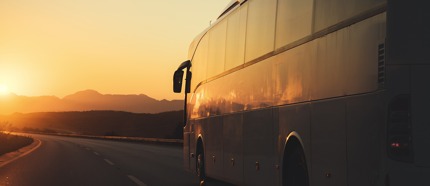 How to travel from Sharjah to Ras Al Khaimah by bus?