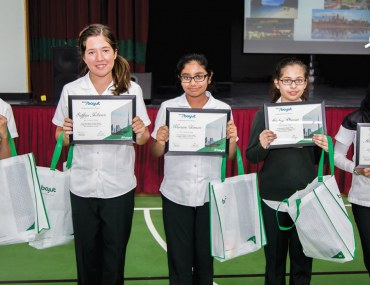 """Jumeriah College Students who Participated in Bayut's Essay-writing competition on the topic of """"How Do I See Dubai in the Future?"""""""
