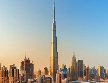 برج خليفة، تحفة معمارية سياحية سكنية وتجارية في دبي وسط المدينة