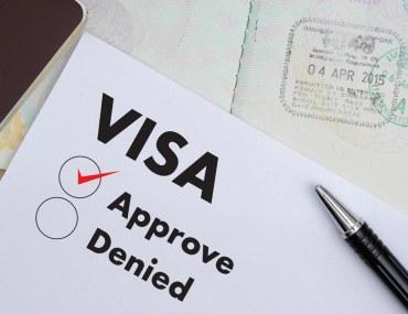 الإمارات تمنح المستثمرين وأصحاب الكفاءات تأشيرات إقامة لعشر سنوات