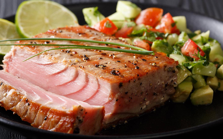 طبق سمك السلمون