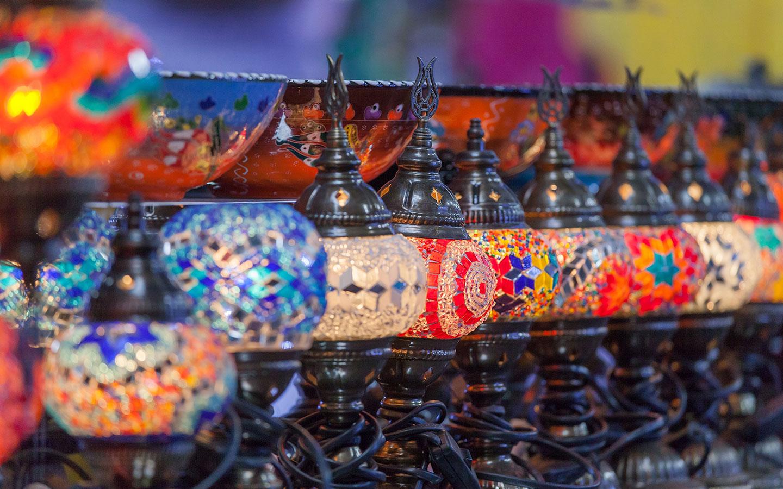 """سوق """"واو"""" للعيد"""