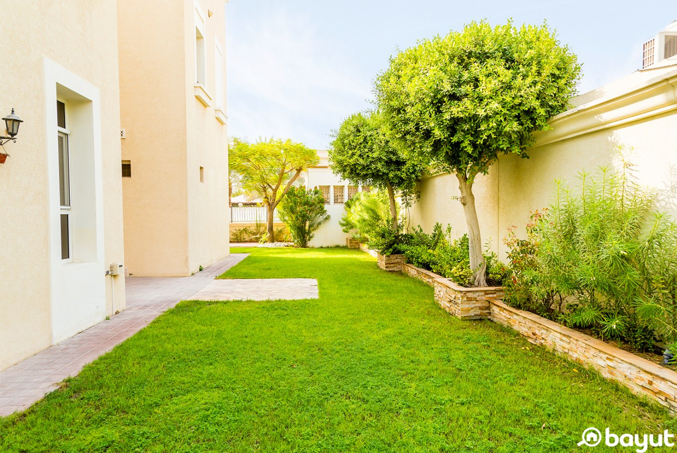 House of the Week with Bayut: 6-Bedroom Villa in Emirates Hills, Garden Area