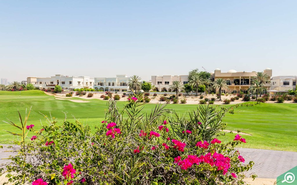 Emirates Hills Villas for families