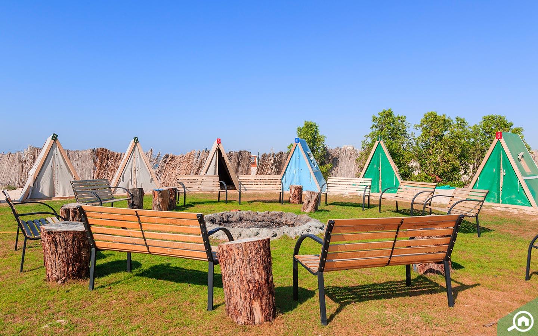 Best UAE Camping Spots: Banan Beach, Wadi Sana, Jebel Jais ...