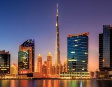 الدليل الكامل لتأسيس الأعمال في المناطق الحرة في دبي