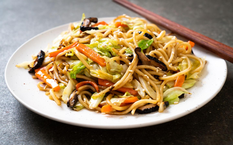 fried noodles is a popular Dubai Street food
