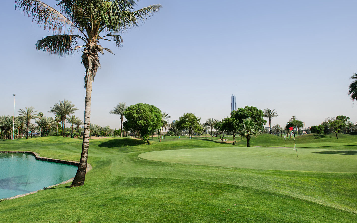 Golf courses in dubai