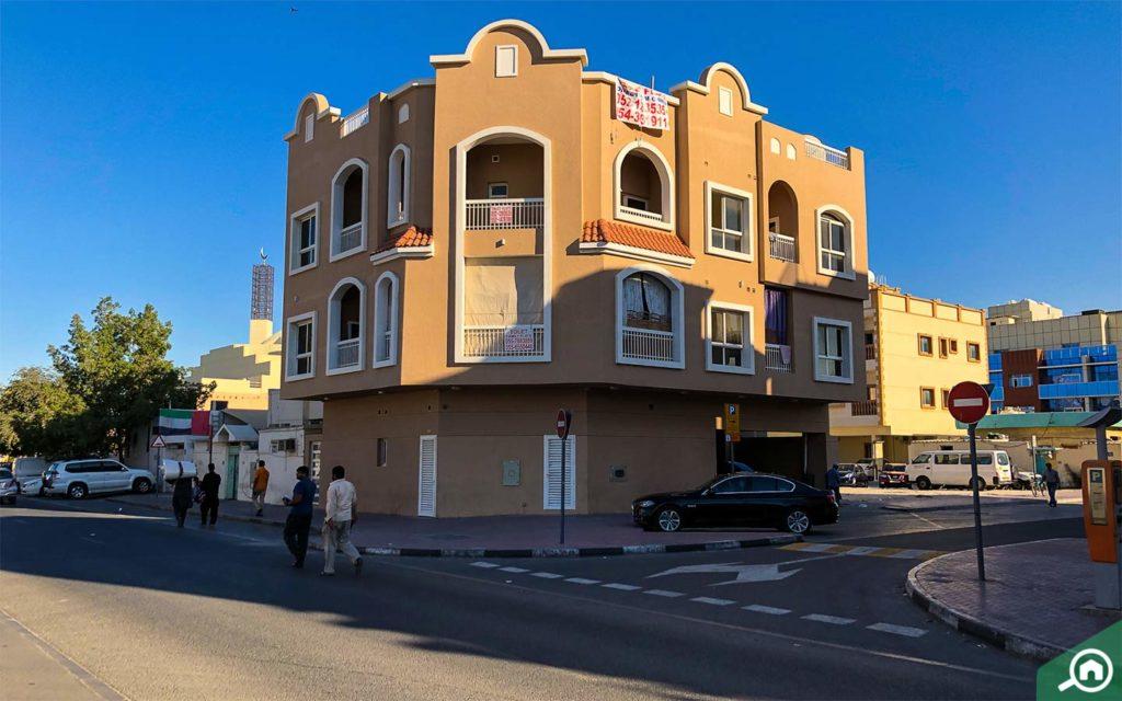 mixed purpose building in Hor Al Anz, Deira