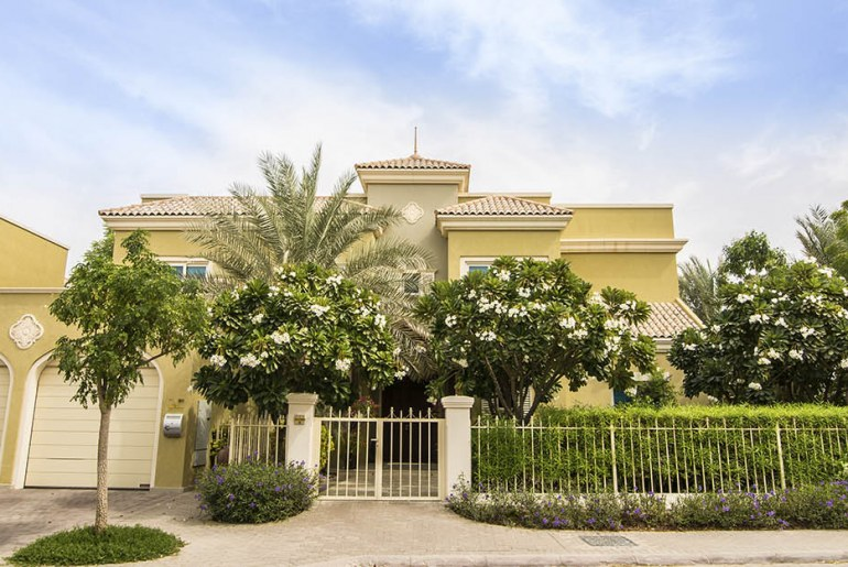 5-bedroom villa for sale in Victory Heights